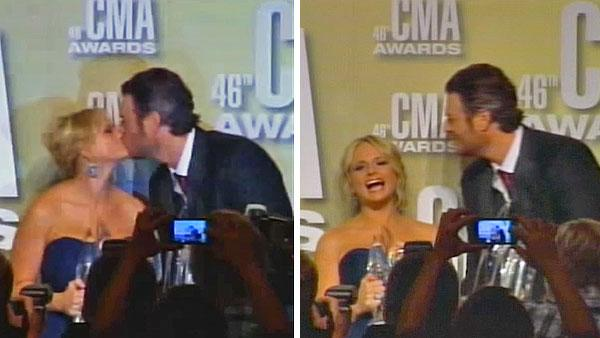 Blake Shelton, Miranda Lambert kiss after CMAs