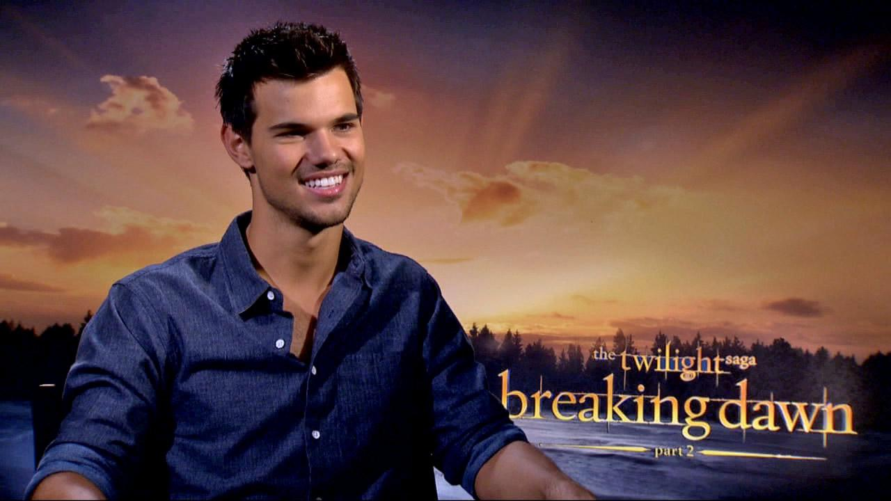 Taylor Lautner talks to OTRC.com on November 5, 2012.