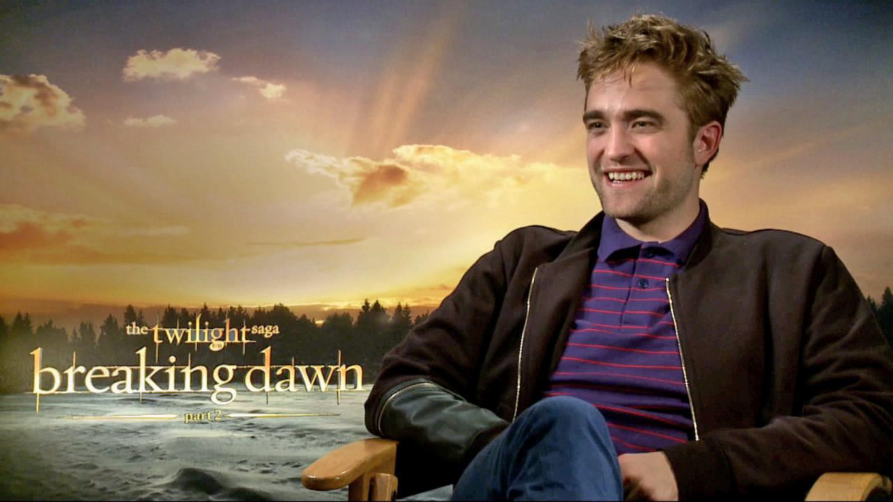 Robert Pattinson talks to OTRC.com on November 5, 2012.