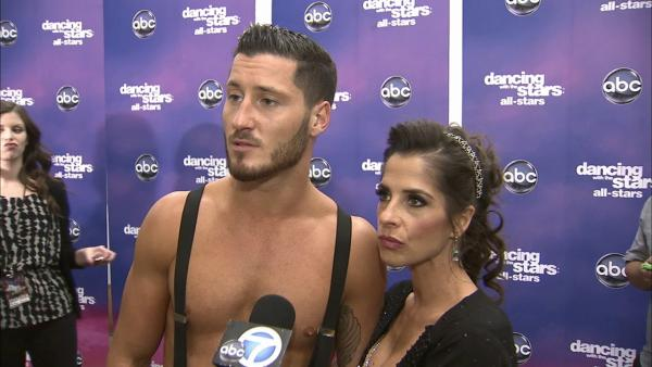 Kelly Monaco, Val Chmerkovskiy talk 'DWTS' week 8