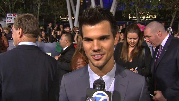Taylor Lautner says 'Twilight' fans keep him going
