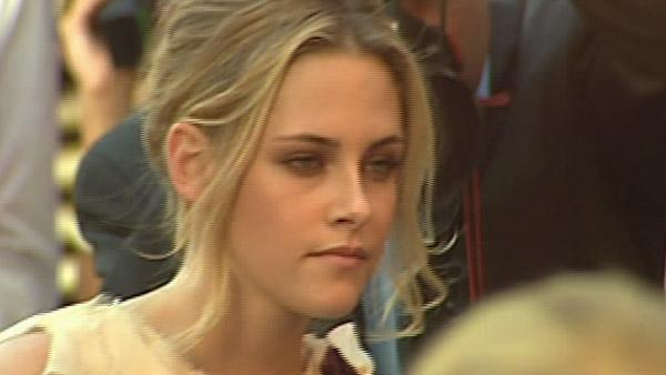 Kristen Stewart is blonde at 'Into The Wild' premiere (2007)