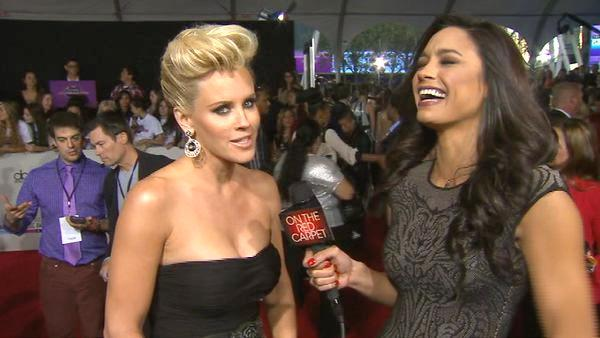 Jenny McCarthy talks American Music Awards
