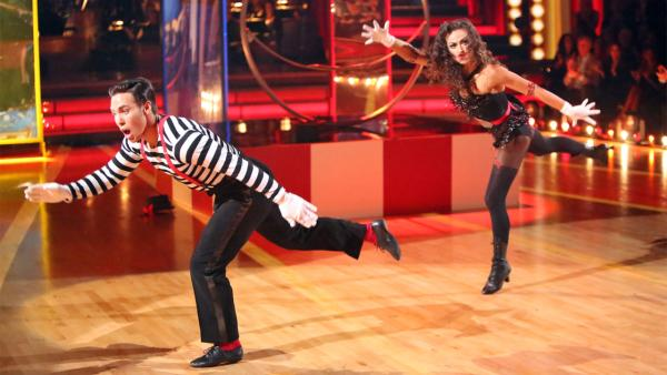 Olympic speed skater Apolo Anton Ohno and his partner Karina Smirnoff received 27 out of 30 points from the judges for their 'Big Top' Jazz on 'Dancing With The Stars: All-Stars' on Monday, Nov. 19, 2012.