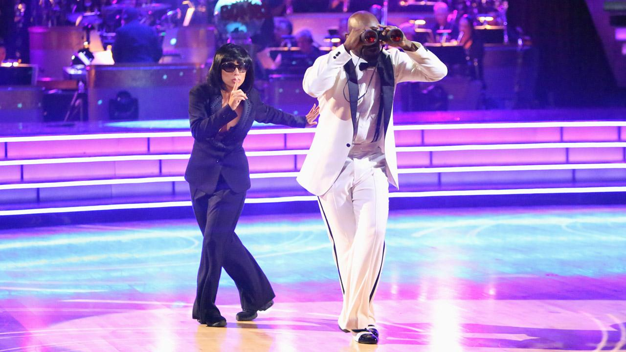 Retired NFL star Emmitt Smith and his partner Cheryl Burke received 27 out of 30 points from the judges for their Espionage Lindy Hop on Dancing With The Stars: All-Stars on Monday, Nov. 19, 2012. <span class=meta>(Adam Taylor)</span>