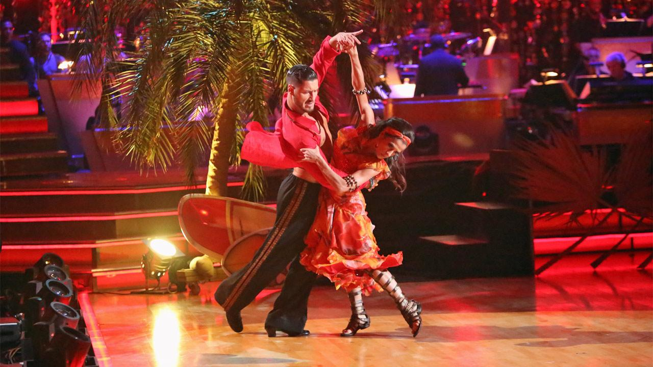 General Hospital actress Kelly Monaco and her partner Valentin Chmerkovskiy received 25.5 out of 30 points from the judges for their Surfer Flamenco on Dancing With The Stars: All-Stars on Monday, Nov. 19, 2012. <span class=meta>(Adam Taylor)</span>