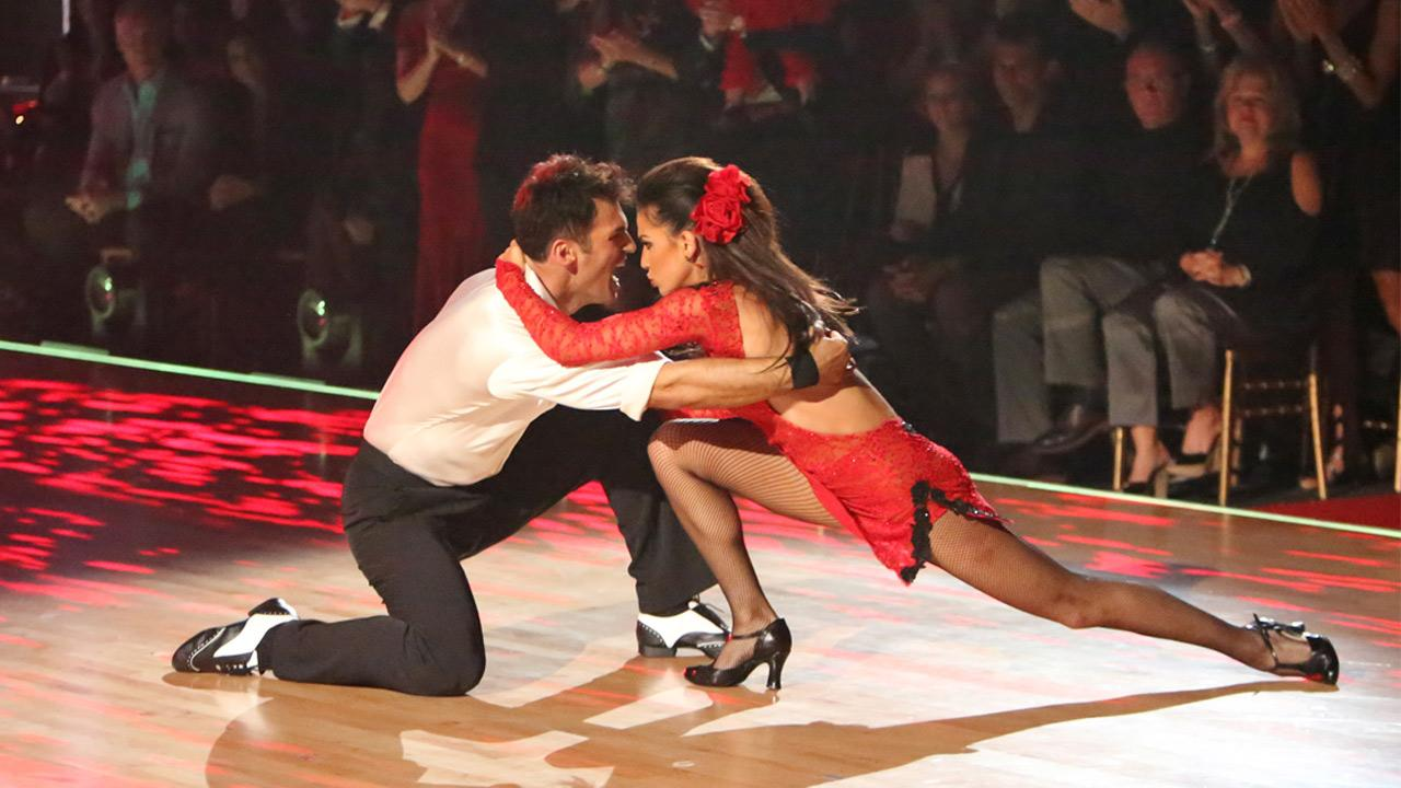 Reality star Melissa Rycroft and her partner Tony Dovolani received 30 out of 30 points from the judges for their Argentine Tango on Dancing With The Stars: All-Stars on Monday, Nov. 19, 2012. <span class=meta>(Adam Taylor)</span>