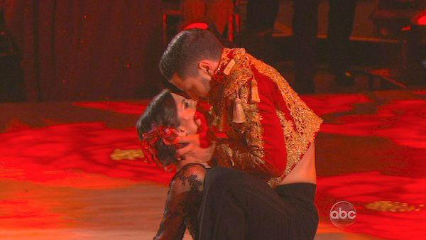 'General Hospital' actress Kelly Monaco and her partner Valentin Chmerkovskiy received 29.5 out of 30 points from the judges for their Paso Doble on 'Dancing With The Stars: All-Stars,' which aired on November 26, 2012.