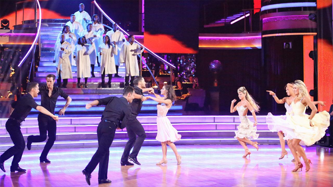 General Hospital actress Kelly Monaco and her partner Valentin Chmerkovskiy received 29.5 out of 30 points from the judges for their Freestyle on Dancing With The Stars: All-Stars on Monday, Nov. 26, 2012. <span class=meta>(Adam Taylor)</span>