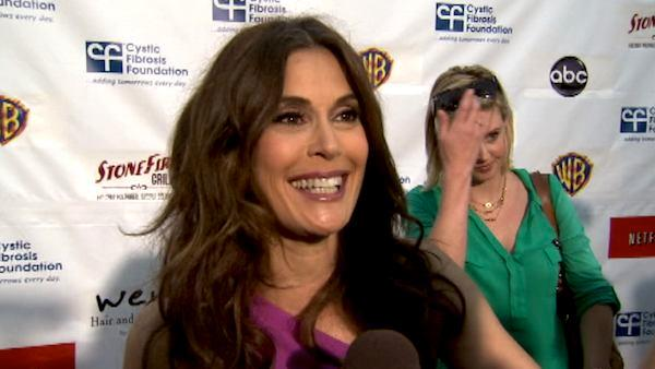 Teri Hatcher talks to OnTheRedCarpet.com at an April 2012 Wisteria Lane Block party about the finale of 'Desperate Housewives.'