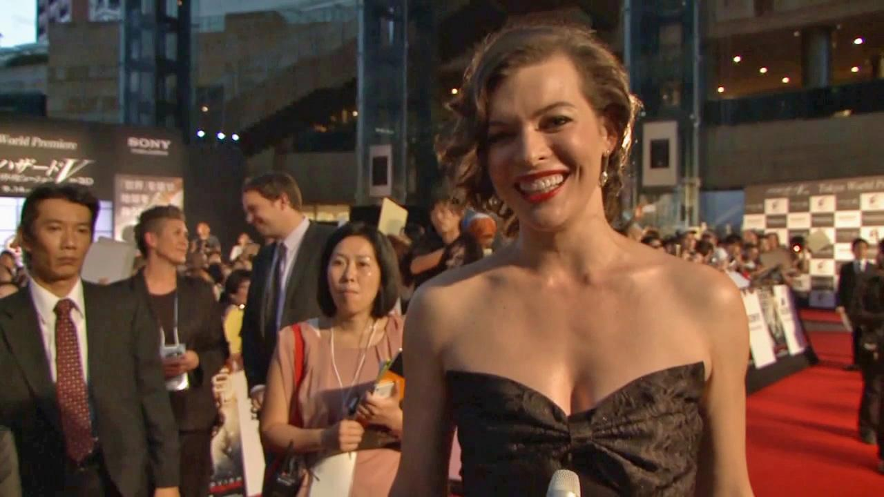 Milla Jovovitch appears at the worldwide premiere of Resident Evil: Retribution in Tokyo, Japan on September 3, 2012. <span class=meta>(Screen Gems)</span>
