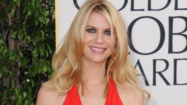 Claire Danes sizzles on the 2013 Golden Globes red carpet
