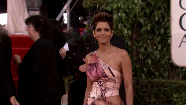 Halle Berry appears at the 2013 Golden Globe Awards in Beverly Hills, Ca