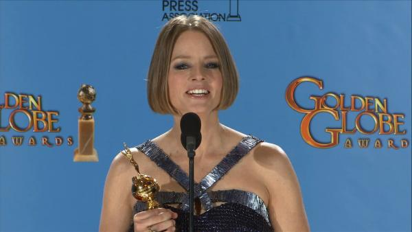 Jodie Foster talks acting future, Kristen Stewart, Mel Gibson (backstage at Globes)