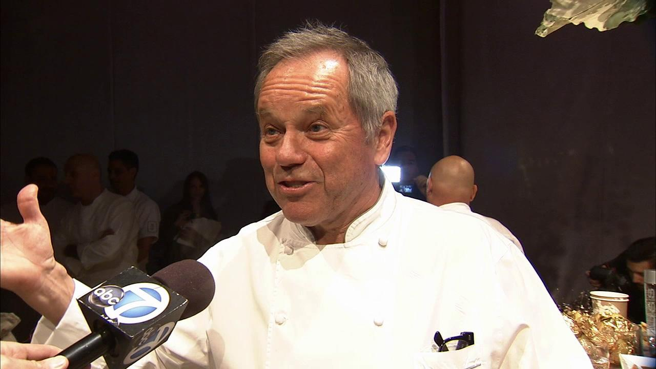 Wolfgang Puck talks to OTRC.com about the unique Oscar decor for the 2013 Governors Ball.