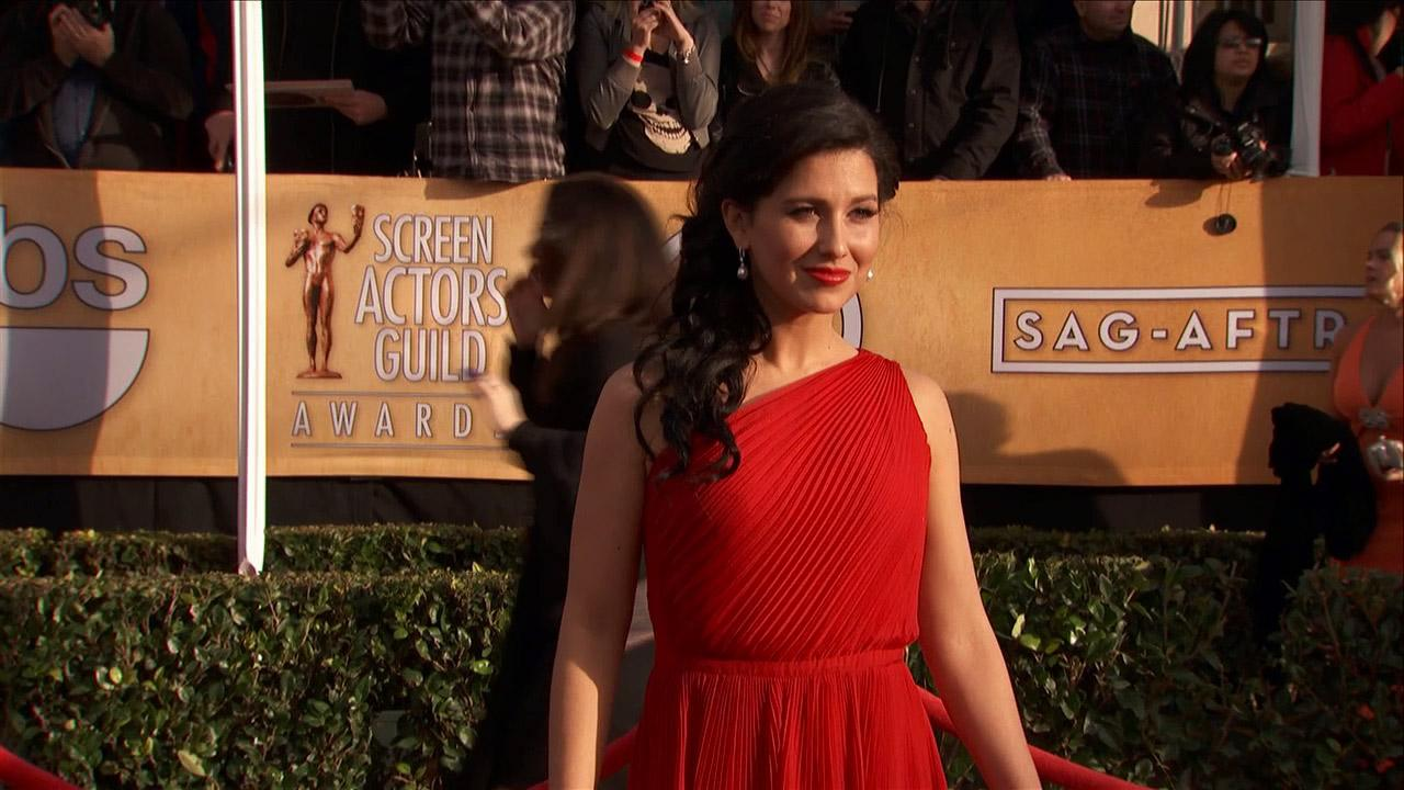 Alec Baldwins wife Hilaria Thomas poses on the red carpet at the 2013 SAG Awards in Los Angeles on Jan. 27, 2012.