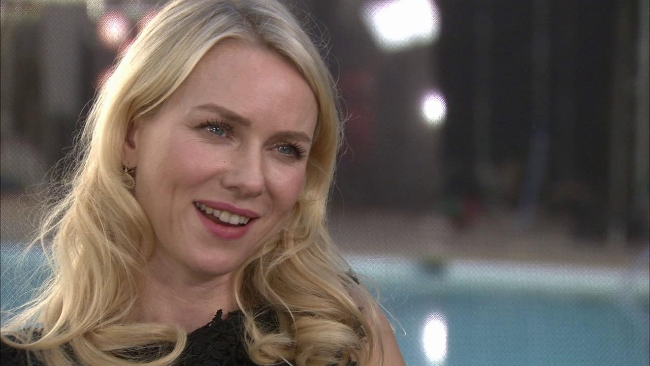 Naomi Watts talks to OTRC.com about the Oscars and The Impossible at the Academys 2013 Oscar Luncheon on Feb. 4, 2013.