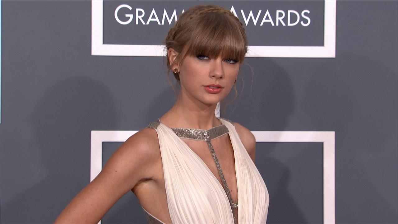 Taylor Swift wears a Grecian gown on the 2013 Grammy Awards red carpet on Feb. 10, 2013.