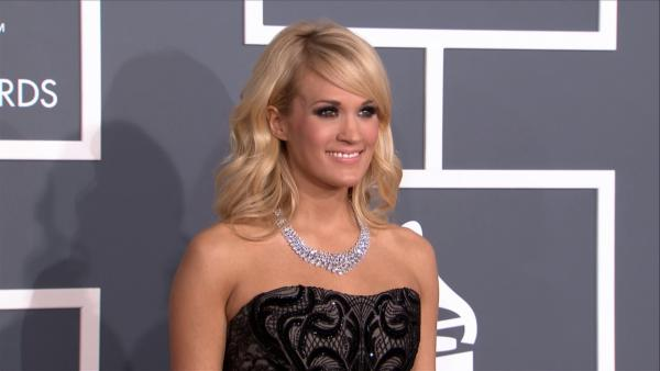 Carrie Underwood wears a $31 million necklace at the 2013 Grammys on Feb. 10, 2013. - Provided courtesy of OTRC