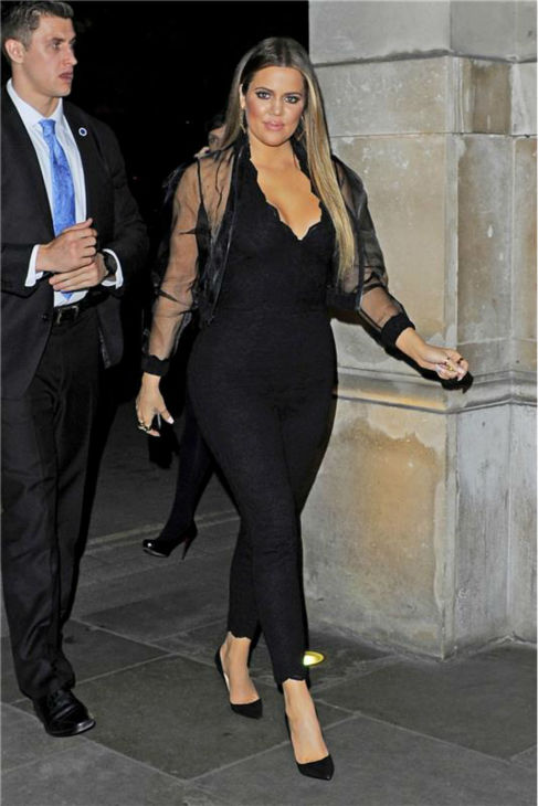 Khloe Kardashian returns to her hotel after attending a launch party for the Kardashian Kollection For Lipsy at the National History Museum in London on Nov. 14, 2013. <span class=meta>(Rex Features &#47; Startraksphoto.com)</span>