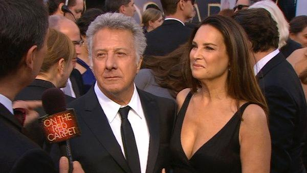 Dustin Hoffman is seen with his wife, Lisa, at the 2013 Oscars on Sunday, Feb. 24, 2013. - Provided courtesy of KABC