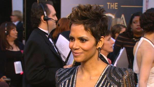 Halle Berry talks to OTRC at Oscars 2013