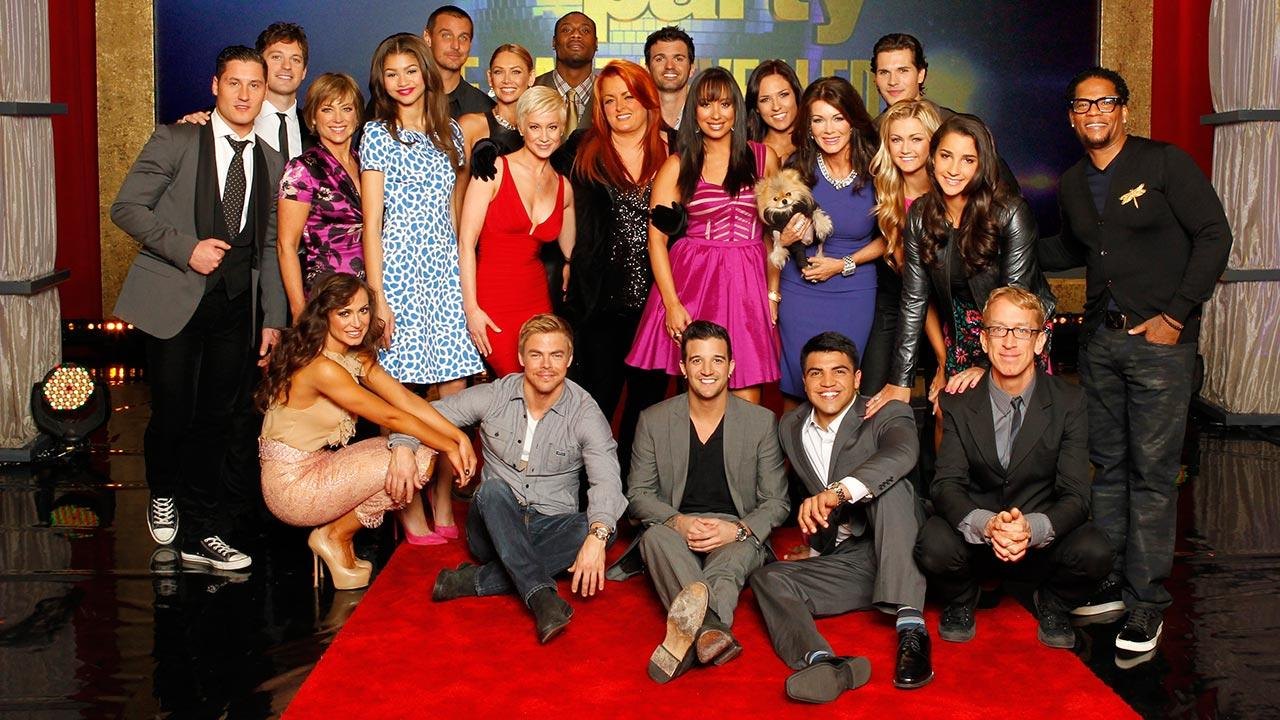 The cast of season 16 of ABCs Dancing With The Stars is pictured on the set of GMA on Feb. 26, 2013.