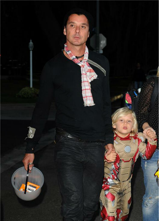 Gwen Stefani's husband and Bush singer Gavin Rossdale is seen Trick-Or-Treating with son Zuma in Los Angeles on Oct. 31, 2013.
