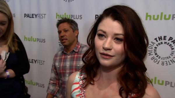 Emilie de Ravin (Belle) likes to say 'thespian'