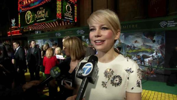 Michelle Williams talks to OTRC.com at the Oz the Great and Powerful premiere in Los Angeles on Feb. 13, 2013. - Provided courtesy of OTRC