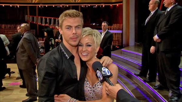 Kellie Pickler shows Derek Hough how to sneeze