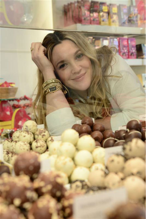 Drew Barrymore, who is pregnant with her second child, appears at a Godiva chocolate shop in Los Angeles on Jan. 29, 2014 to kick off a Valentine&#39;s Day partnership to promote her book &#39;Find It In Everything.&#39; When asked about her pregnancy cravings, Drew said: &#39;Aything salty and sweet.&#39; <span class=meta>(Michael Simon &#47; Startraksphoto.com)</span>