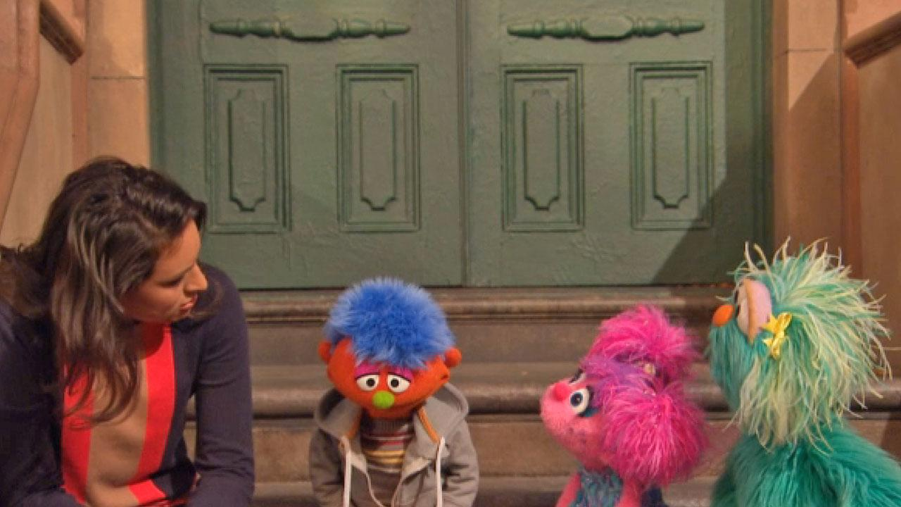 Alex, a Muppet whose parent is in jail, and several Sesame Street cast members appear in a video for Sesame Workshops Little Children, Big Challenges: Incarceration initiative.