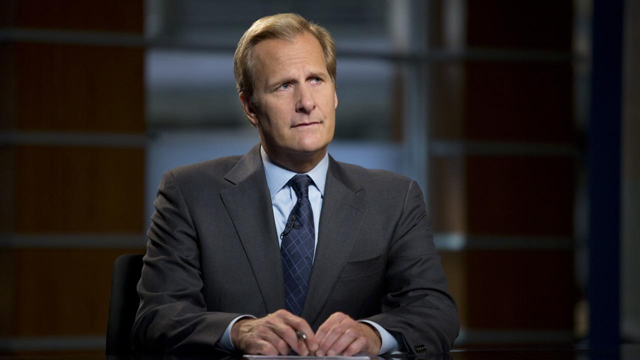 Jeff Daniels appears as Will McAvoy in a scene from season 2 of the HBO series The Newsroom.