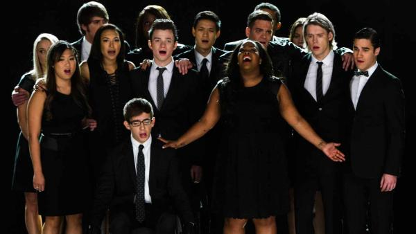 The cast of Glee appears in the episode The Quarterback, which aired Oct. 10, 2013. - Provided courtesy of Adam Rose / FOX