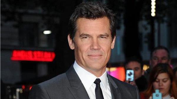 Josh Brolin appears at the premiere of Labor Day in Paris on Oct. 14, 2013. - Provided courtesy of Aurore Marechal/Abaca/startraksphoto.com