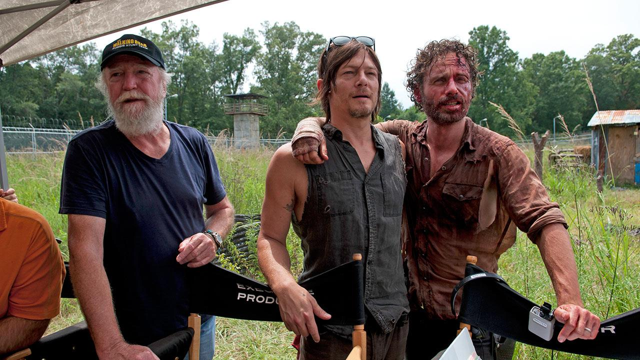 Scott Wilson (Hershel Greene), Norman Reedus (Daryl Dixon) and Andrew Lincoln (Rick Grimes) appear on the set of AMCs The Walking Deads midseason 4 finale, which aired on Dec. 1, 2013.