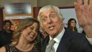 Dick Van Dyke sings 'Mary Poppins' song at 'Banks' premiere