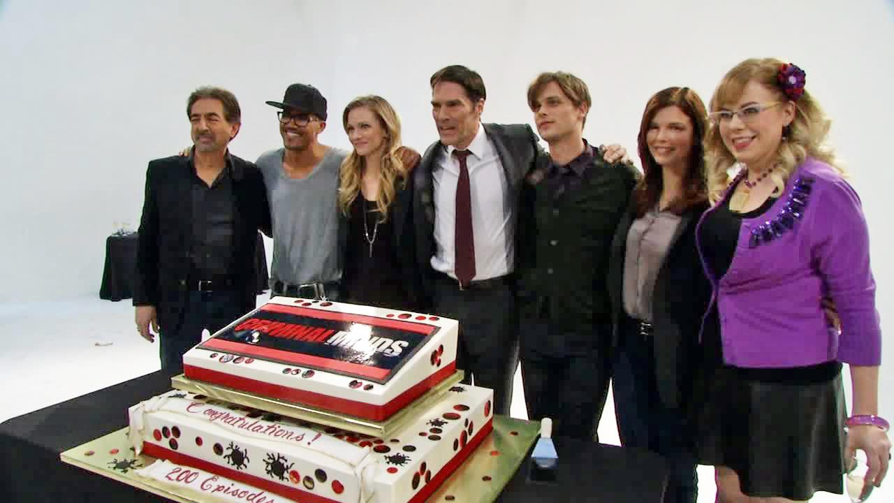 The cast of Criminal Minds appear on the set of the show to celebrate its 200th episode on Dec. 12, 2013.