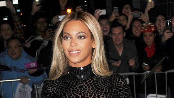 Beyonce arrives at the SVA Theater in New Tork on Dec. 21, 2013 for a screening of her visual self-titled album. - Provided courtesy of Humberto Carreno / Startraksphoto.com