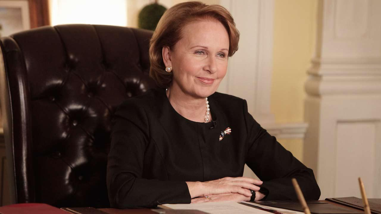 Kate Burton appears as Sally Langston in the season 3 episode of Scandal titled Ride, Sally, Ride. The episode aired on Feb. 27, 2014.