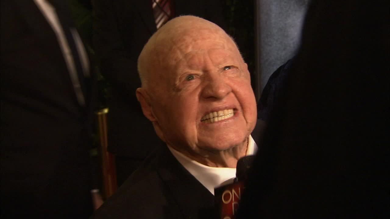 Mickey Rooney talks to OTRC.com at Vanity Fairs 2010 Oscars after party in West Hollwood, California on March 7, 2010.