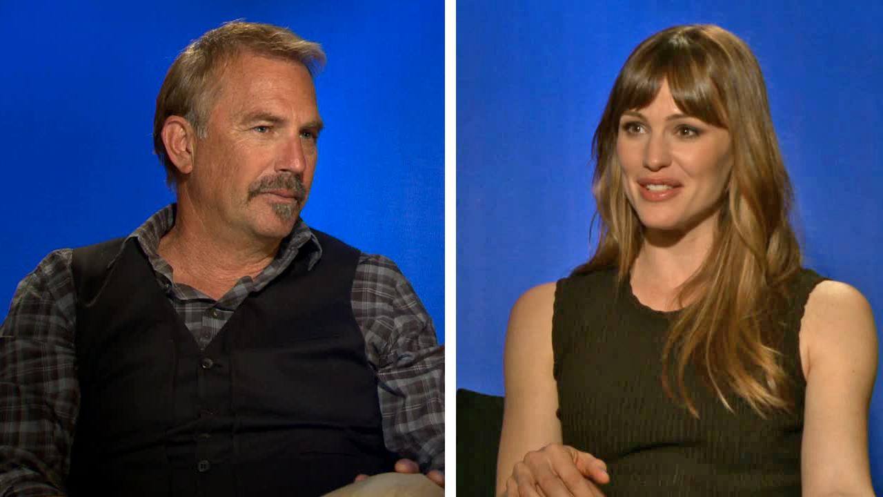 Kevin Costner and Jennifer Garner talks to OTRC.com about the football-themed chick flick movie Draft Day. (2014 interview)