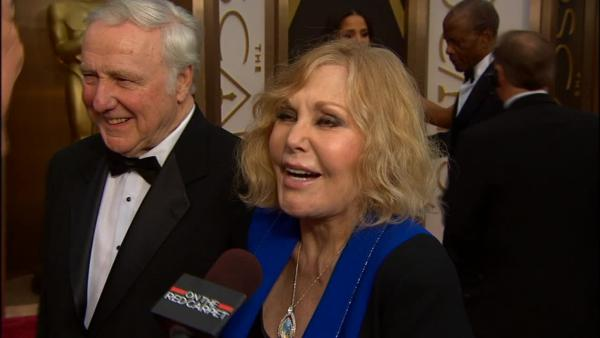 Kim Novak, an actress-turned-artist, talks to OTRC.com on the red carpet at the 2014 Oscars in Hollywood, California on March 2, 2014.