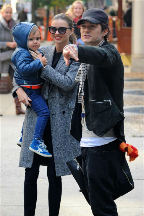 "<div class=""meta image-caption""><div class=""origin-logo origin-image ""><span></span></div><span class=""caption-text"">Orlando Bloom appears with wife Miranda Kerr and their son Flynn, 2, in New York City on Oct. 26, 2013. The actor's rep confirmed to OTRC.com a day earlier that the two had separated months ago. (Ken Katz / Startraksphoto.com)</span></div>"