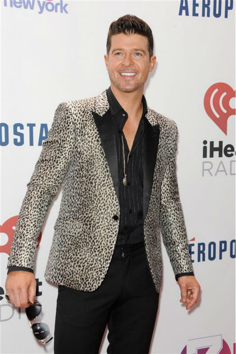 Robin Thicke walks the red carpet at the 2013 Z100 Jingle Ball at Madison Square Garden in New York on Dec. 13, 2013. <span class=meta>(Bill Davila &#47; Startraksphoto.com)</span>