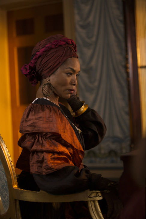 Angela Bassett &#40;Marie Laveau&#41; appears on the premiere of &#39;American Horror Story: Coven,&#39; which airs on FX on Oct. 9, 2013 at 10 p.m. ET. <span class=meta>(Michele K. Short &#47; FX)</span>