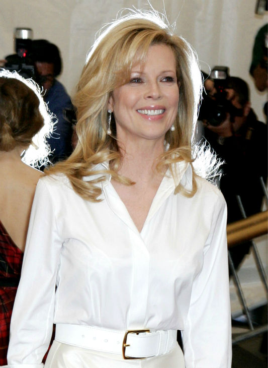 Kim Basinger arrives at the Costume Institute Gala at the Metropolitan Museum of Art in New York on May 1, 2006. <span class=meta>(AP Photo &#47; Diane Bondareff)</span>