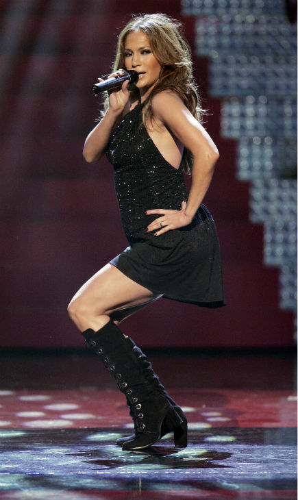 Jennifer Lopez performs at Conde Nast&#39;s Fashion Rocks concert in New York at Radio City Music Hall on Thursday, Sept. 6, 2007. <span class=meta>(AP Photo &#47; Jeff Christensen)</span>