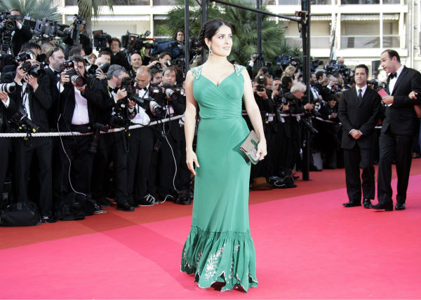 Salma Hayek arrives for the premiere of the film &#39;Indiana Jones and the Kingdom of the Crystal Skull&#39; during the 61st International film festival in Cannes, southern France, on May 18, 2008. <span class=meta>(AP Photo &#47; Francois Mori)</span>